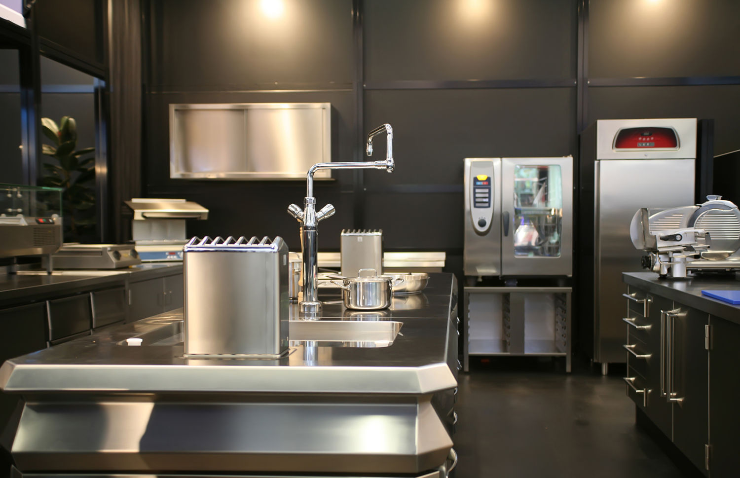 commercial-kitchen_opt